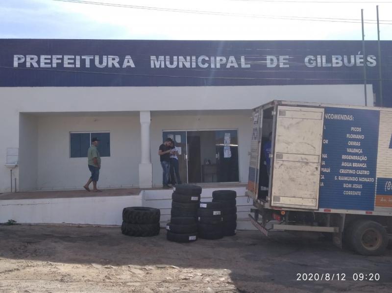 Prefeitura municipal de Gilbués adquire Pneus para suprir a frota