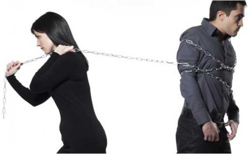 Os três signos que mais ficam obcecados no amor