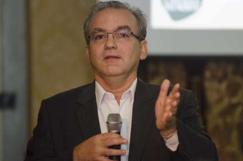 Firmino se reunirá com Temer para discutir segurança pública