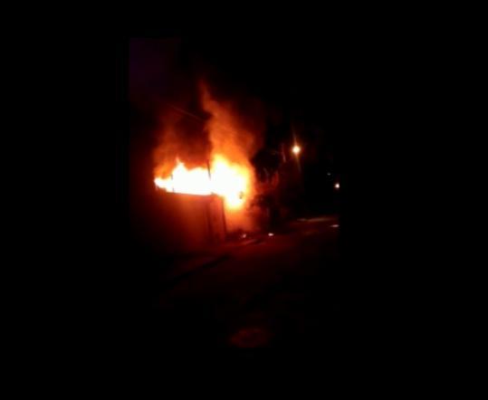 Incêndio atinge residência na zona sul de Teresina