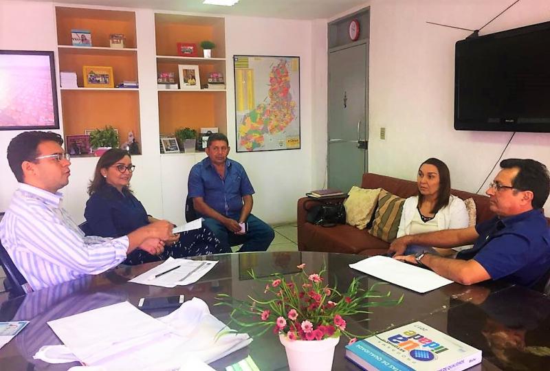 Prefeito Genival Bezerra Participa de Audiência com Diretora do ADH