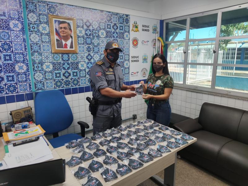 Colégio Militar V/Timon entrega máscaras personalizadas aos seus servidores