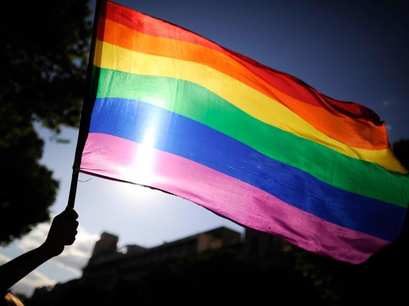 Igreja da Polônia quer criar clínicas de terapia de conversão para LGBTs