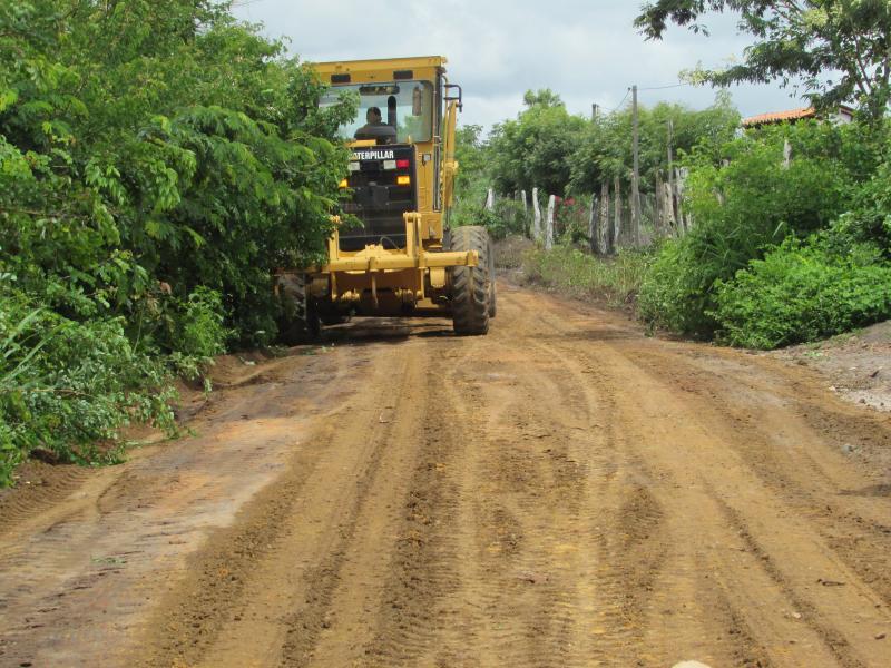A prefeitura Municipal  de Lagoinha do Piaui da  inicio as obras de reforma das  estradas rurais