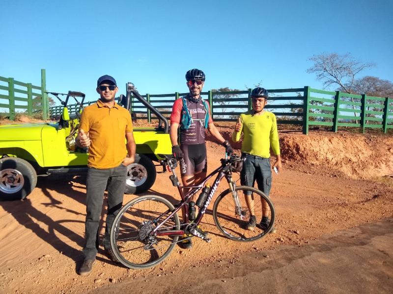 De Brasília ao Piauí ciclista faz em média 300 km por dia
