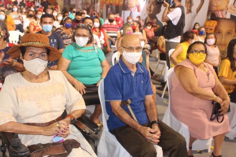 Dona Beta Leitoa foi presença marcante no Ato Político de 7 de setembro em Timon