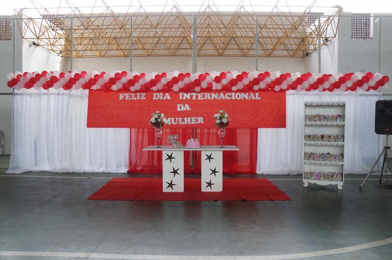 Em São Pedro do Piaui o dia Internacional da Mulher é lembrado com chá feminino.