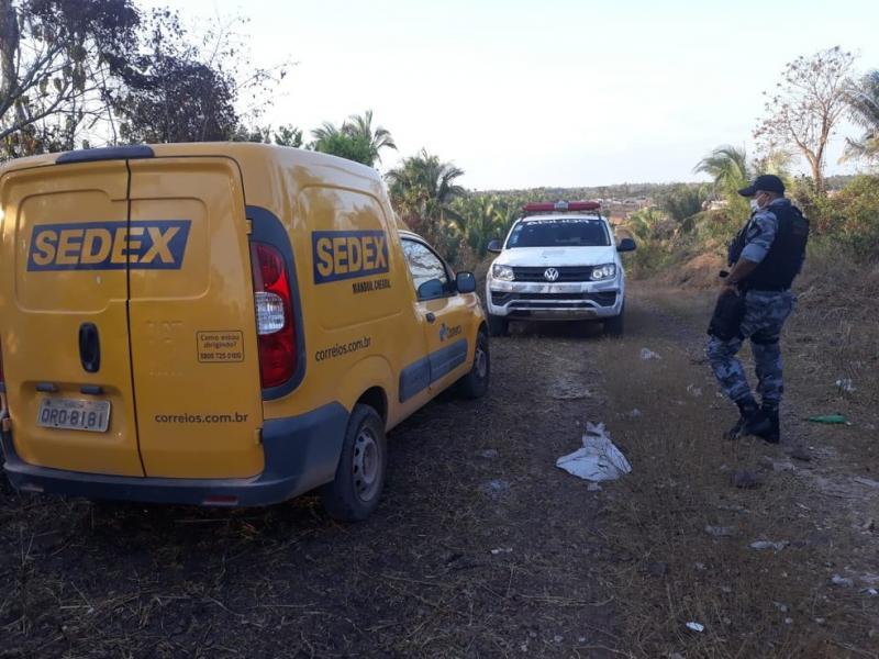 Funcionário dos Correios sofre sequestro relâmpago e é feito refém