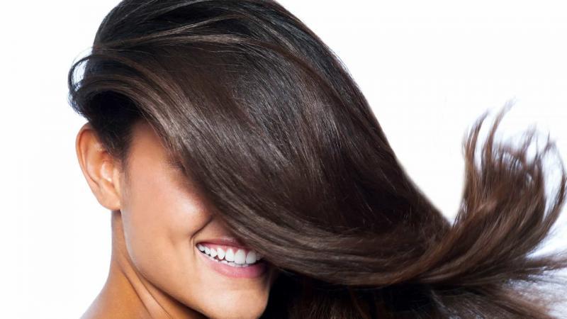 Veja como se livrar da oleosidade nos cabelos com bicarbonato de sódio