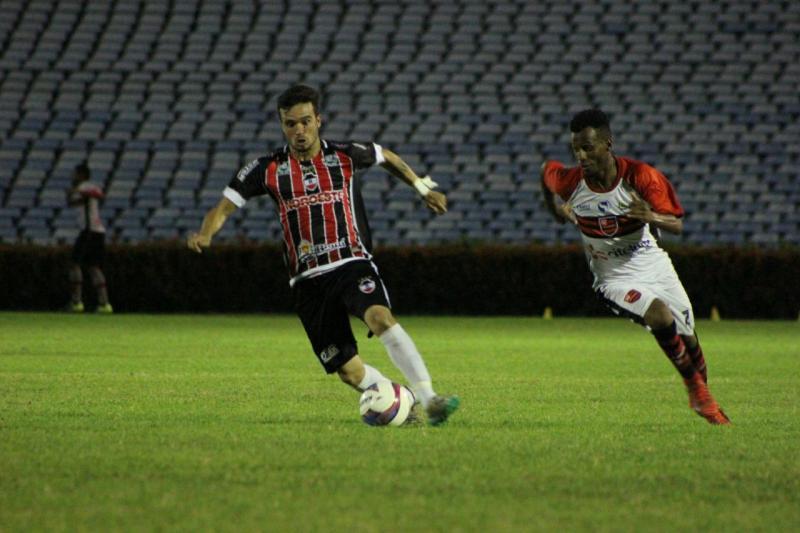 River vence Flamengo e assume liderança no Piauiense