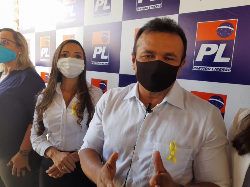 'Queremos tirar Teresina das mãos da ditadura e devolvê-la ao povo', diz Abreu