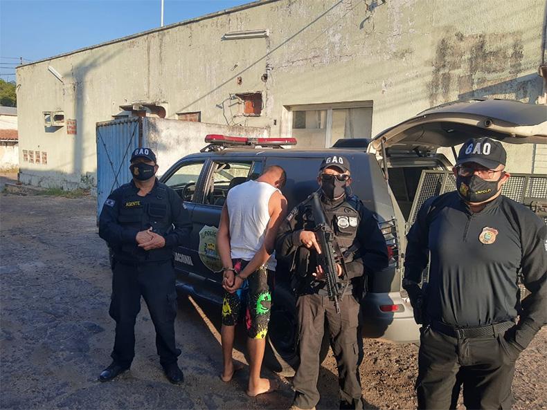 Homem com três mandados de prisão em aberto é detido em Teresina