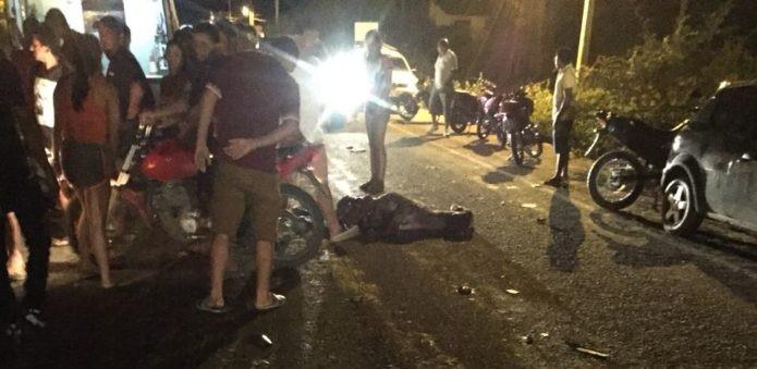 Jovem morre após colidir moto contra animal no Piauí