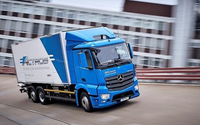 Divulgação A Daimler-Benz apresentou os protótipos de sua nova linha de seus caminhões elétricos e movido a hidrogênio Fonte: undefined - iG