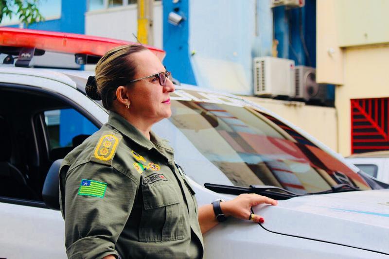 Coronel Júlia fala sobre desafios na polícia e destaca: 'foi onde me realizei'