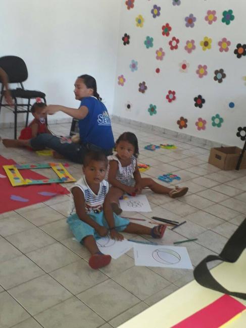 """Visitadoras do Programa """"Criança Feliz"""" de Francisco Ayres realizam manhã lúdica para Crianças"""