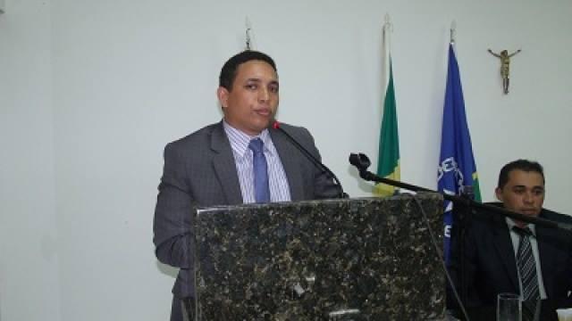 Vereador Luiz augusto assume a liderança de governo na câmara municipal de Corrente