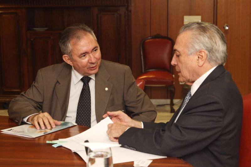 João Henrique Sousa vai coordenar campanha presidencial do MDB