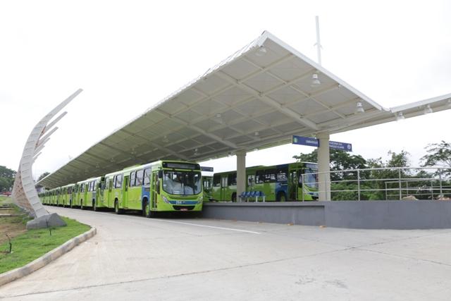 Primeiro dia útil de Inthegra é marcado por tumulto e demora nos ônibus