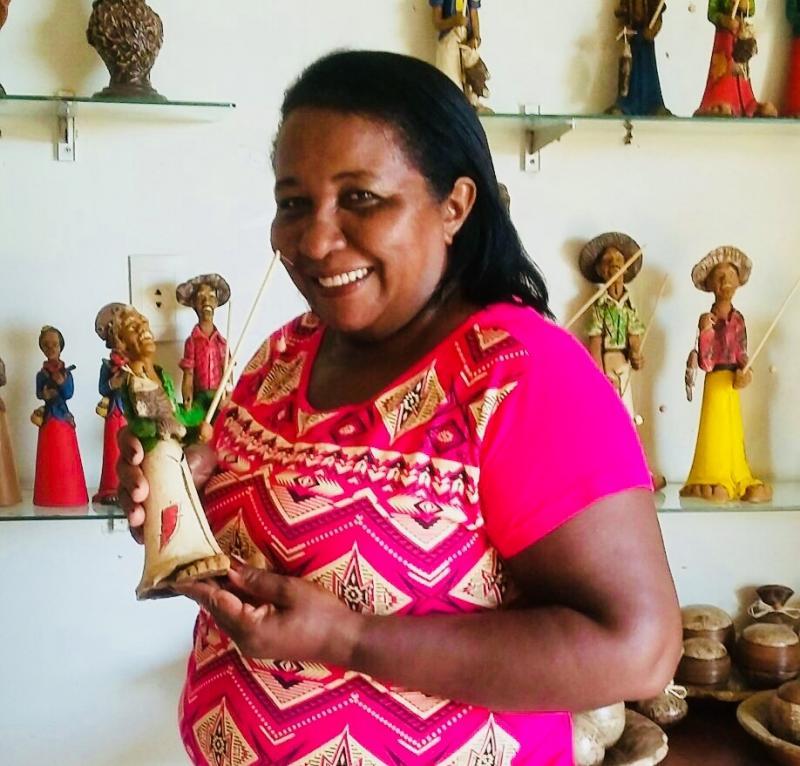Superação: conheça a história de sucesso da artesã Raimundinha