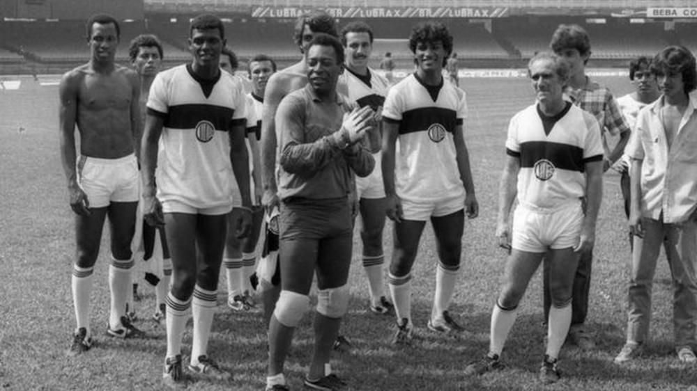 Mundo do futebol celebra aniversário do Rei: 'Incomparável'