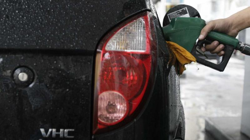 Petrobras anuncia altas para gasolina e diesel