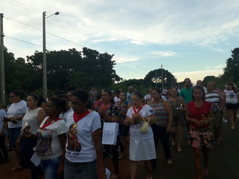 Procissão marca encerramento dos festejos em comemoração a São José no baixão do coco dos ricardos