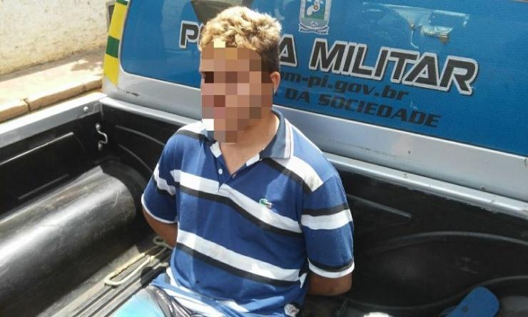 Menor é preso em Campo Maior após golpear o padastro com um facão