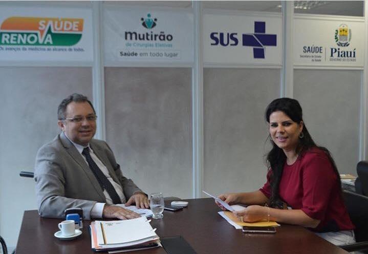 Prefeita de Jerumenha tem encontro com secretário de saúde em busca de melhorias