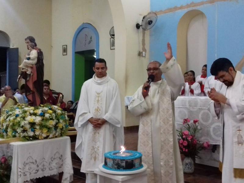 Demerval Lobão   Prefeito e população prestigiam 41º aniversário da paróquia