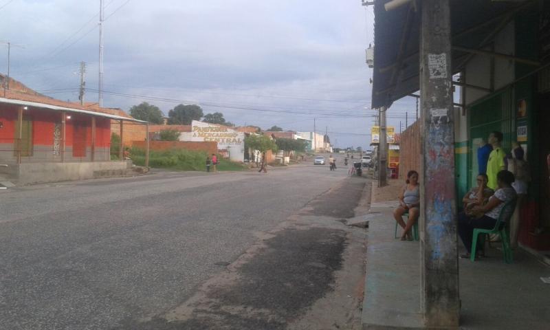 Moradores do Residencial Dignidade reclamam dos constantes assaltos a residencias