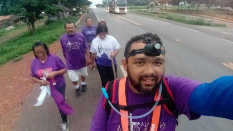 Fabrício França caminhou de Teresina a Oeiras para pagar promessa (Foto: Arquivo pessoal/Facebook)