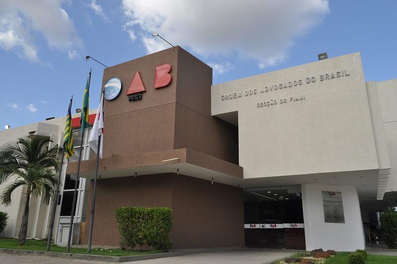 OAB-PI pede suspensão das apreensões de veículos por atraso do IPVA