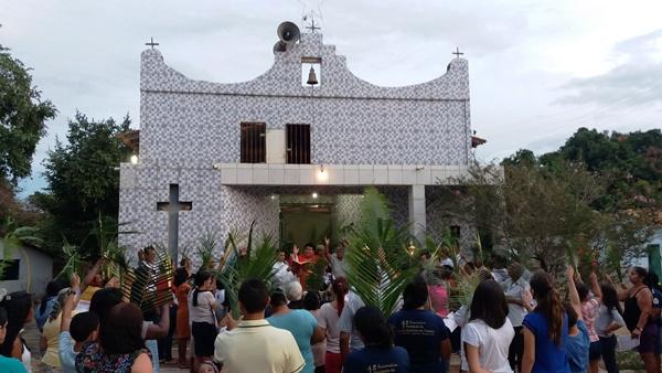 Procissão de Domingo de Ramos marca o inicio da semana santa em Agricolândia. Confira!