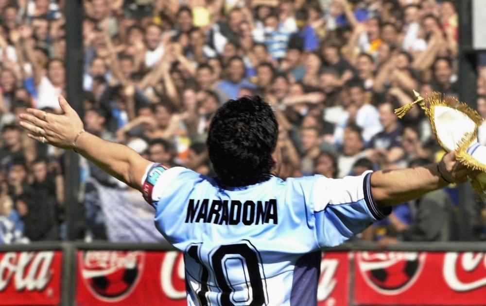 O governo da Argentina declarou luto oficial de três dias após a morte do maior jogador da história do país e lenda do futebol mundial, Diego Armando Maradona