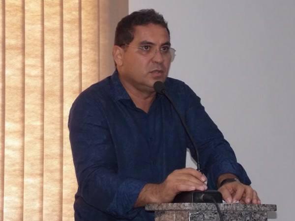 Demerval Lobão | prefeito cumpre rigorosamente a lei do piso salarial do magistério