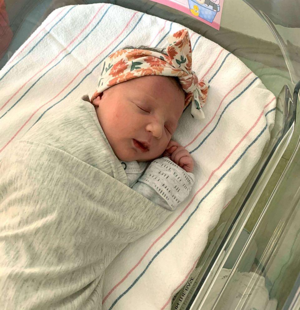 Nasce bebê de embrião congelado há 27 anos (Reprodução: ABC/News/ Cortesia Molly Gibson)