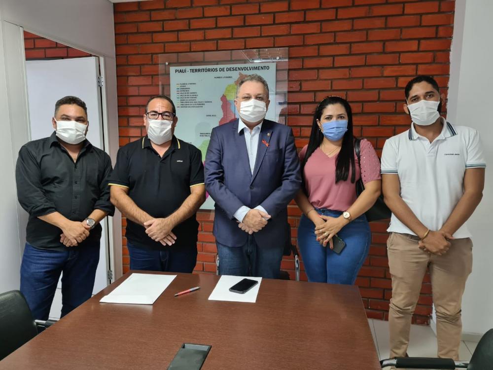 Prefeito Eleito de Gilbués Amiltinho procura parcerias na área da Saúde