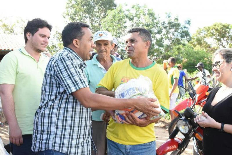 Semana Santa: Prefeitura inicia distribuição de cestas básicas na zona rural