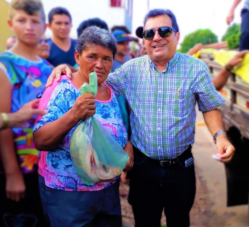 Prefeitura de Joaquim Pires realiza a tradicional entrega de peixes da Semana Santa