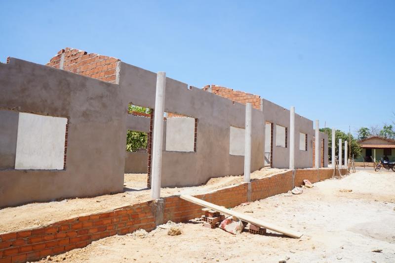 Prefeitura de São Pedro do Piauí está construindo o anexo escolar infantil no Povoado Todos Santos