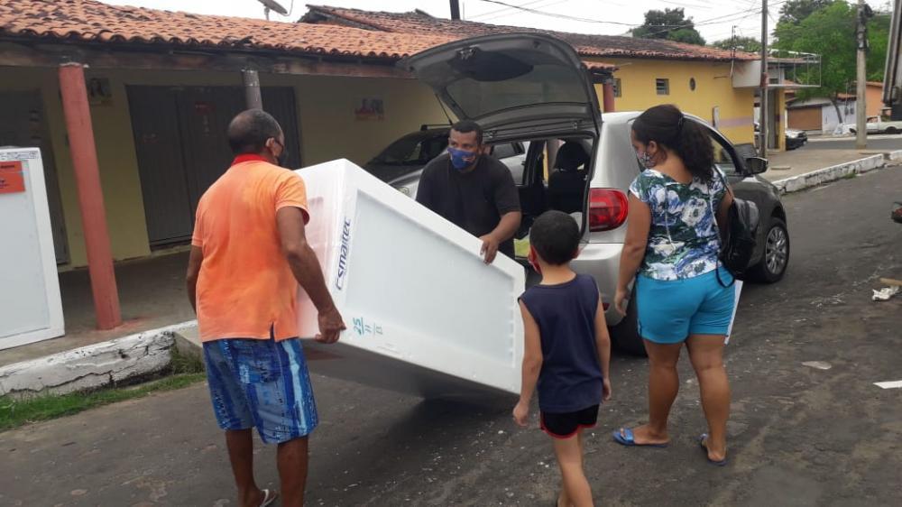 Equatorial entrega 90 geladeiras para a população no aniversário de Timon