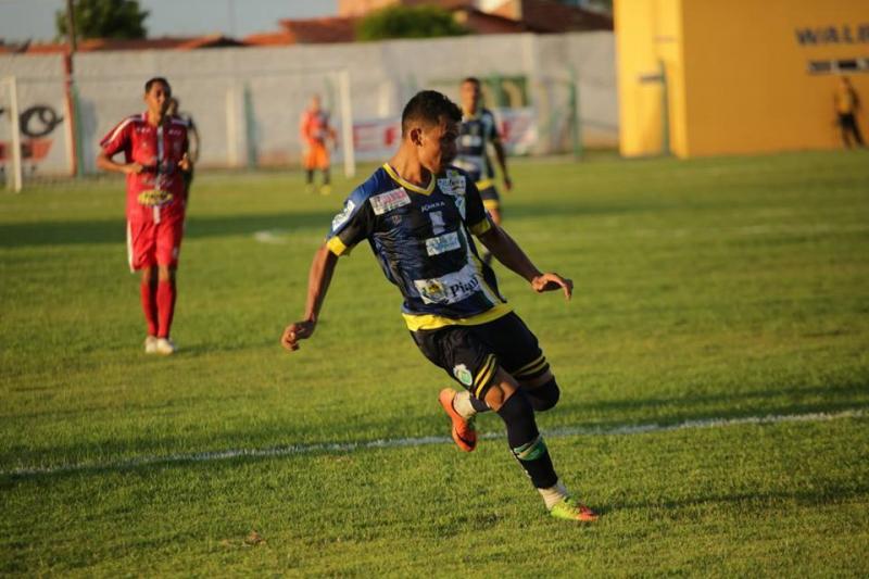 Altos e Parnahyba se enfrentam neste domingo pelo Piauiense