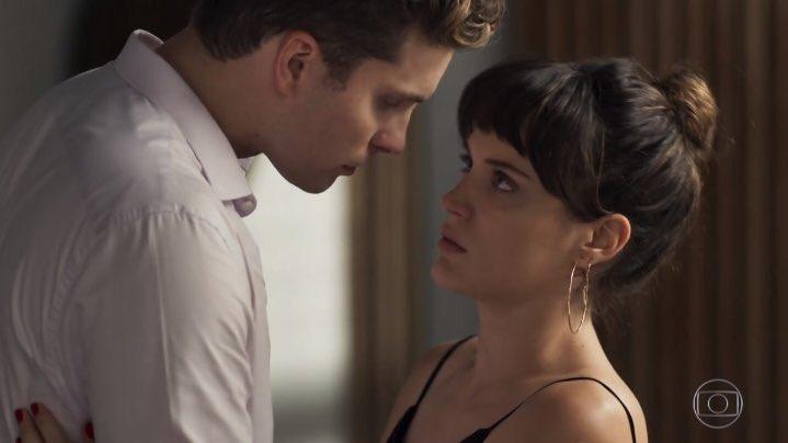 O Outro Lado do Paraíso: Patrick briga com Clara por causa de Sophia