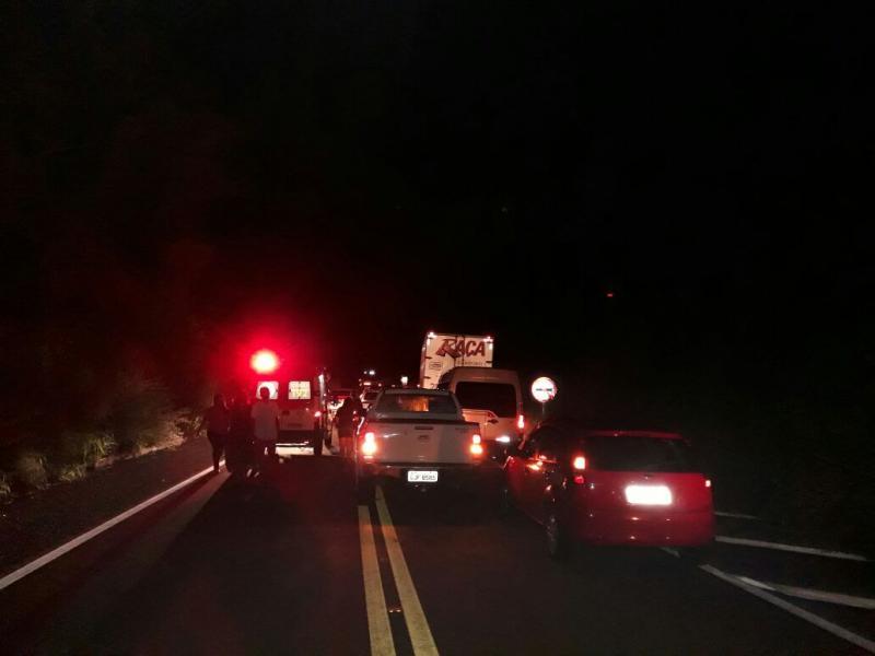Colisão frontal entre carros mata taxista na BR-316 em Regeneração