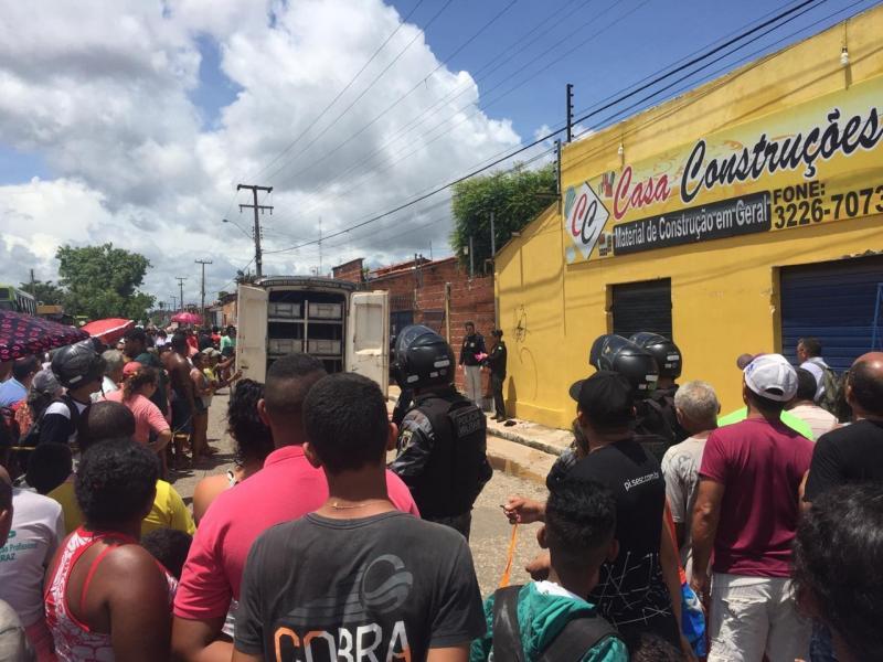 Bandido é morto após realizar assalto em loja de construção em Teresina
