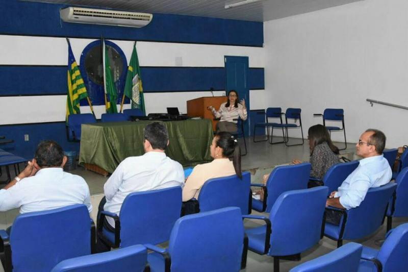 Município de Floriano presta contas do terceiro quadrimestre de 2017 ao Legislativo