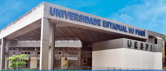 Uespi divulga edital de bolsas do programa Pró-saúde