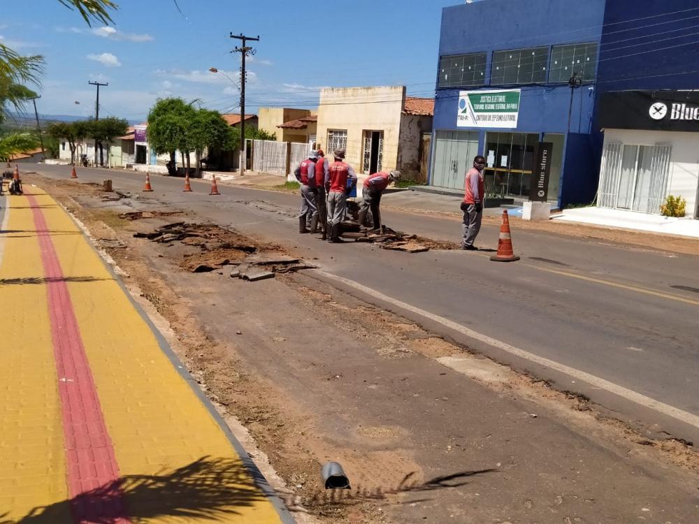 DNIT realiza operação tapa buraco em perímetro urbano de Gilbués