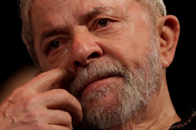 Saiba o que acontece se Lula não se entregar à Polícia Federal